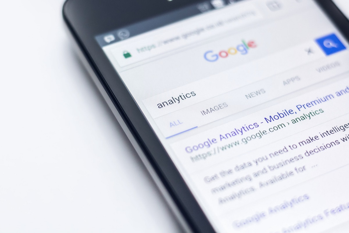Everything You Should Know About Mobile-First Indexing and Rankings